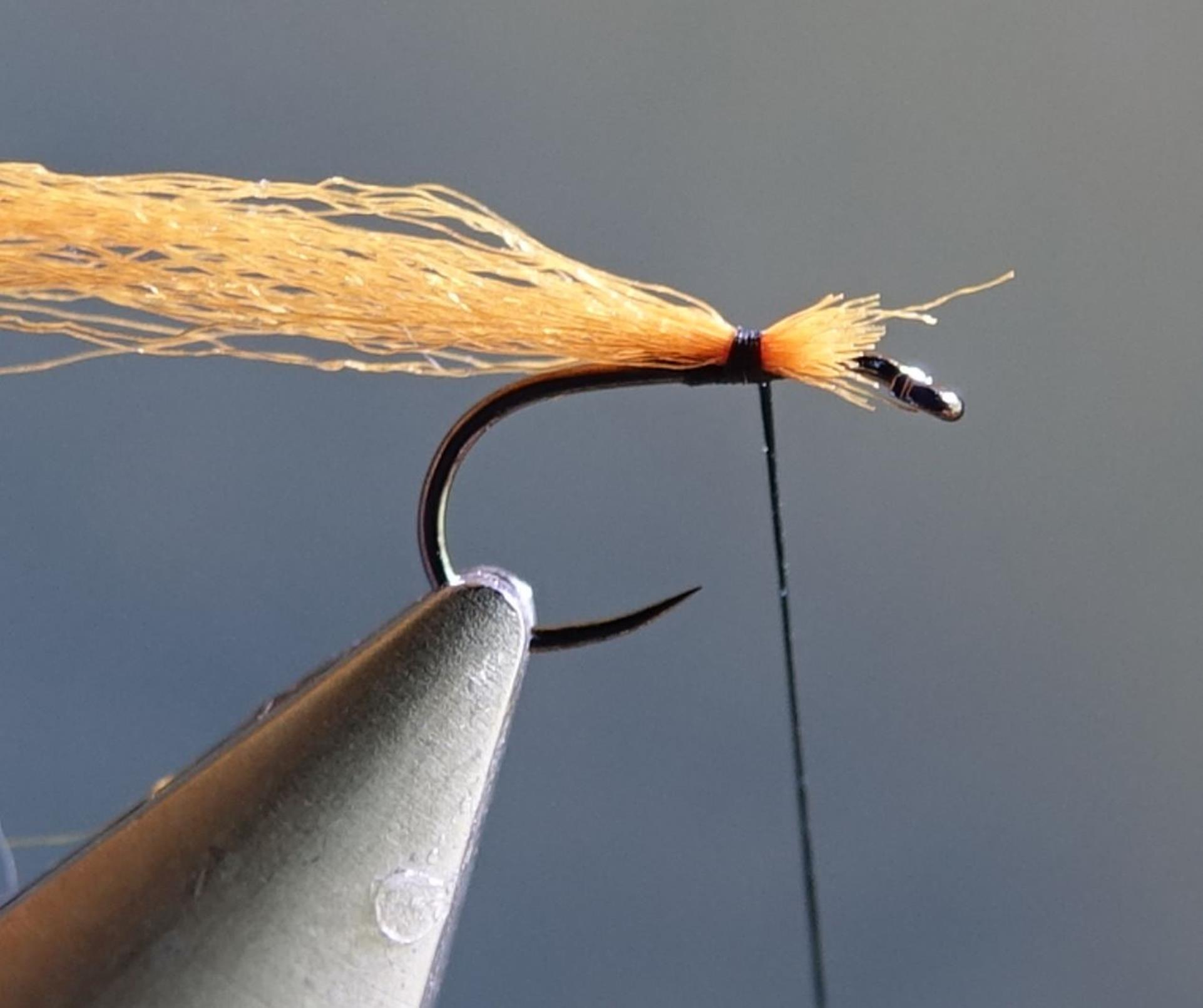 émergente olive ATE dubbing CDC antron lièvre mouche fly tying eclosion