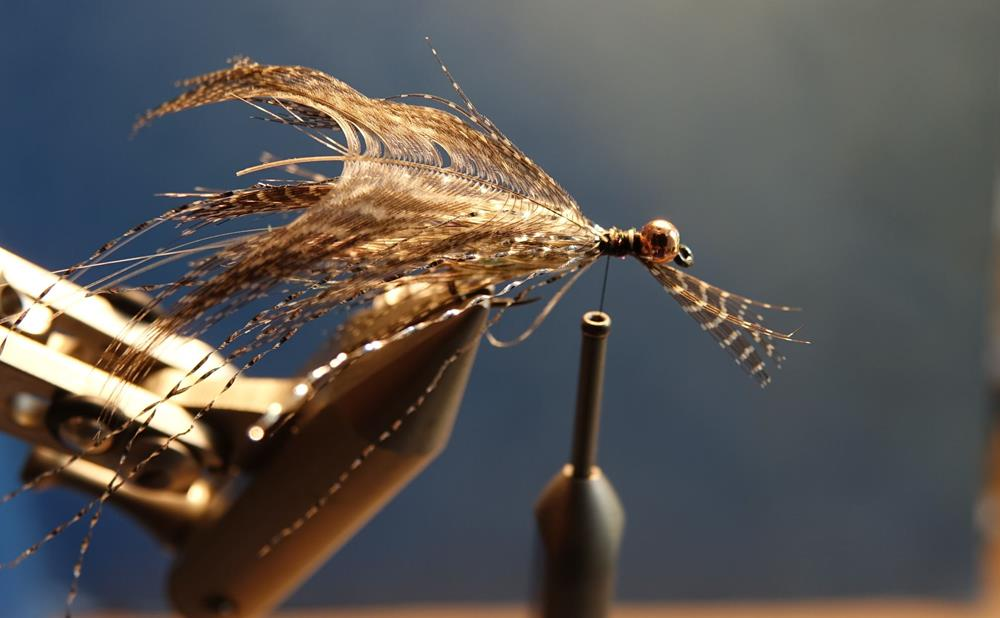 Streamer vairon flashabou rainbow mouche fly tying eclosion