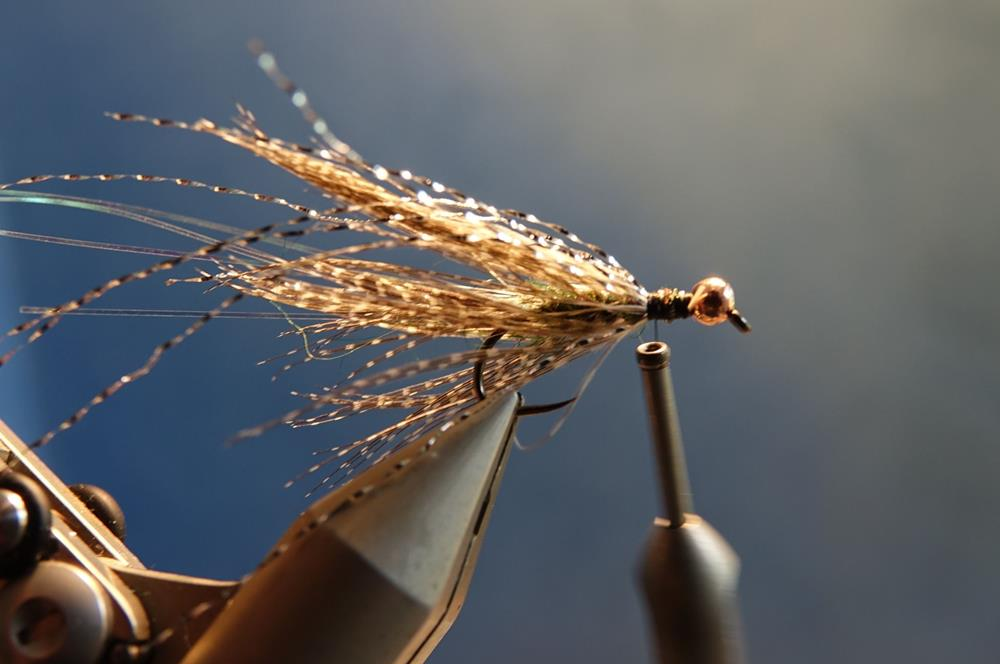 Streamer vairon flashabou rainbow mouche fly tying eclosion
