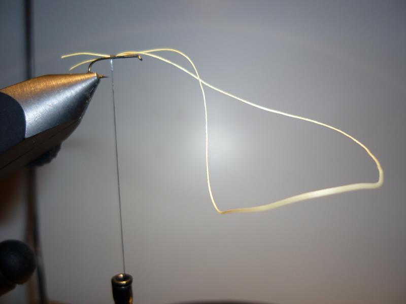 paraloop eclosion fly tying mouche 2