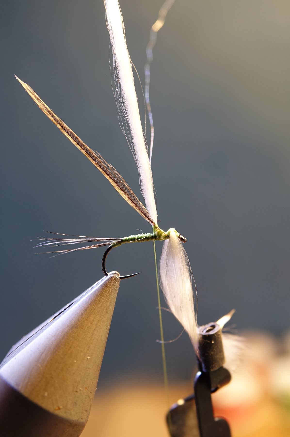 Spent parachute olive mouche fly tying eclosion