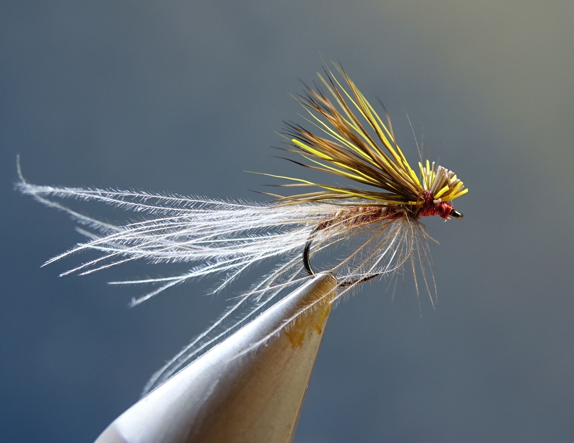 sulfure émergente poil cdc mouche fly tying eclosion