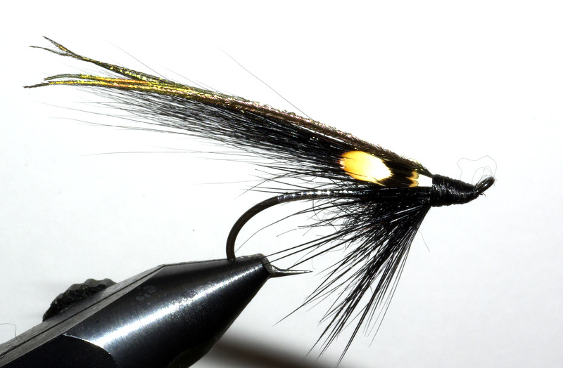 Moc's cert mouche fly flytying tying TDM seatrout eclosion